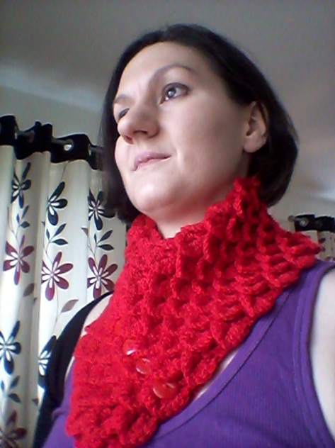 Crocodile Stitch Neck Warmer. One way to wear!