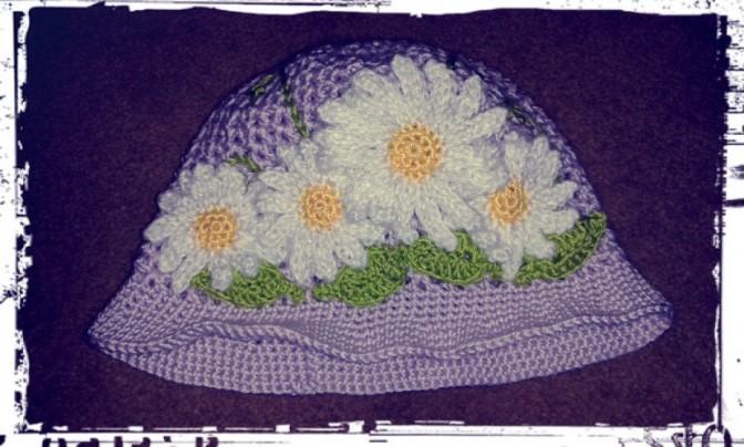 Daisy crochet cloche hat