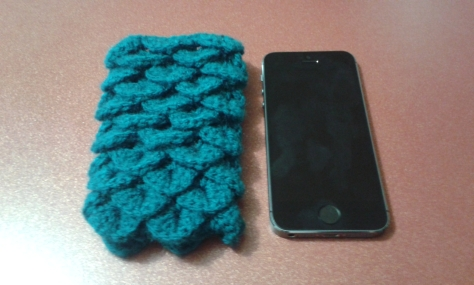 Finished Dragon Scale Phone Cozy!  iPhone 5 used to compare size.