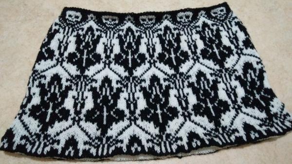 Sherlock Wallpaper Design Knitted Cowl
