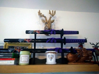 11 Pride of Place - Katanas