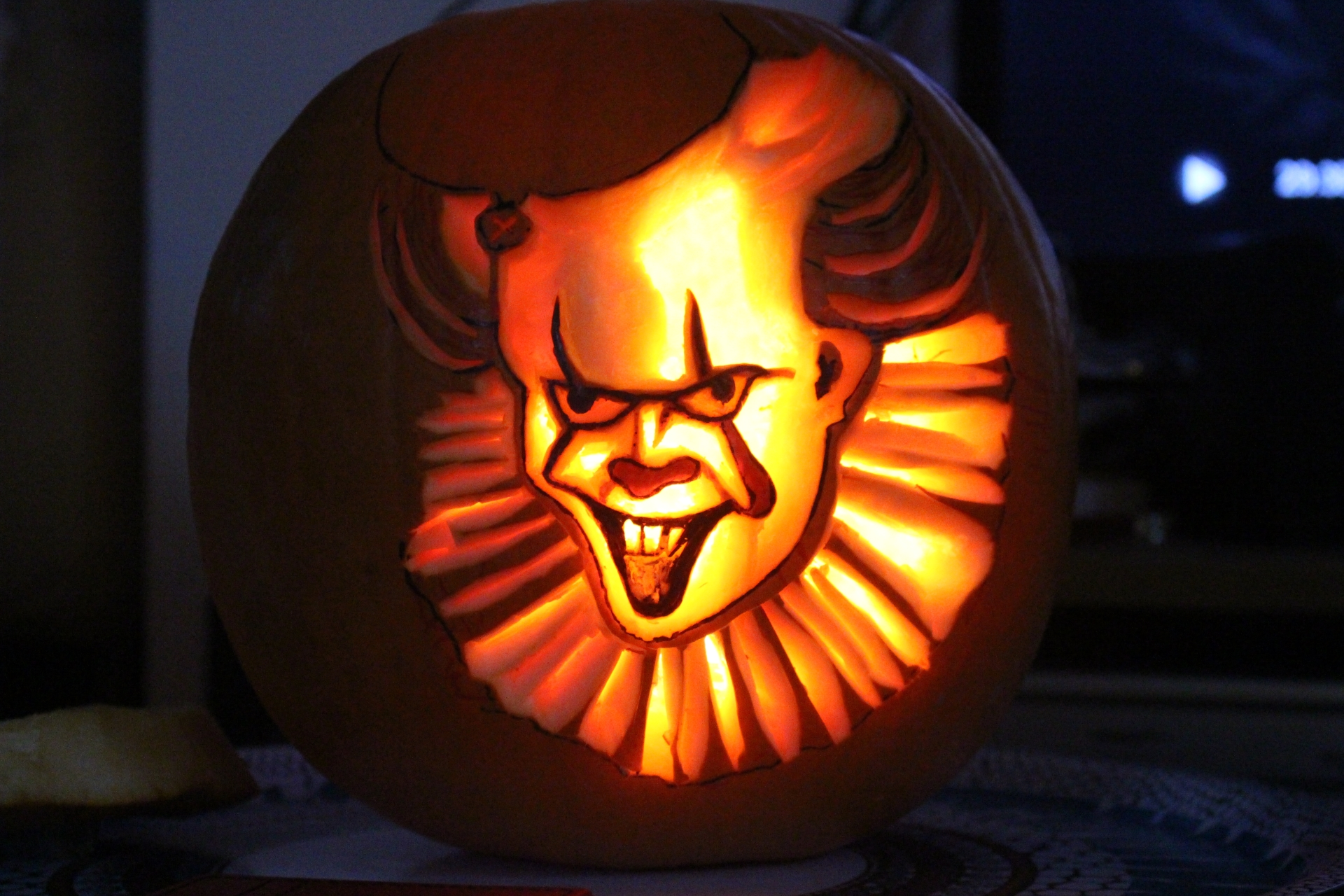 Pennywise Pumpkin Carving